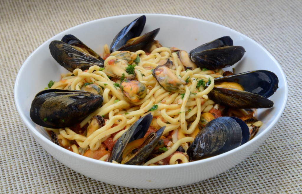 chitarrawithmussels